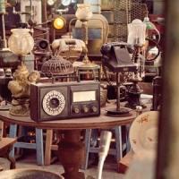 Village Crest Antiques - Appraisals & Auctions