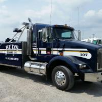 Bud's Towing