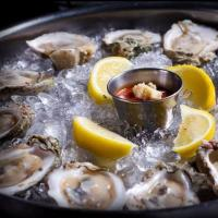 Ronnie's Wings, Oysters and More