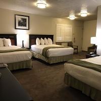 Dinosaur Inn & Suites