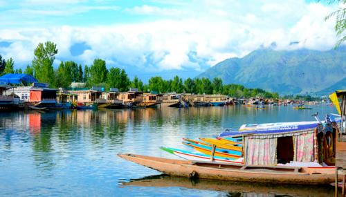 Kashmir Holiday Packages From Delhi