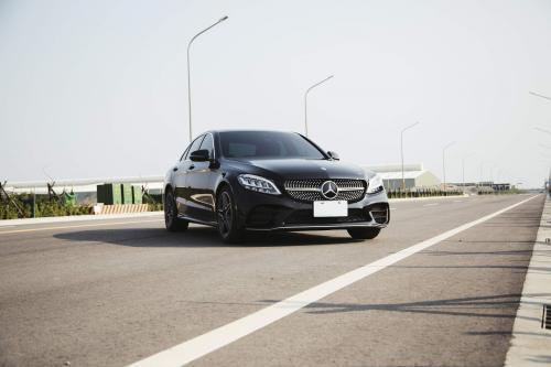 2019 Mercedes Benz C300 Facelift Armytrix Exhaust