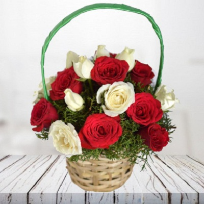 0026191_radiant_wishes_a_basket_of_red_and_white_roses_385