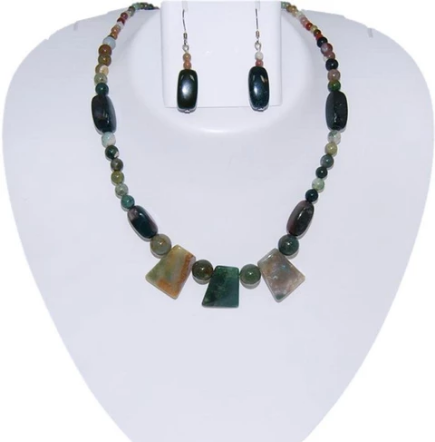 Buy Expensive Necklaces For Women at Affordable Price- $65.00