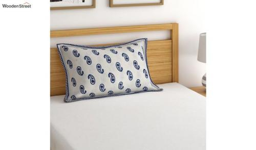 Buy Latest Pillow Covers Online in India from WoodenStreet