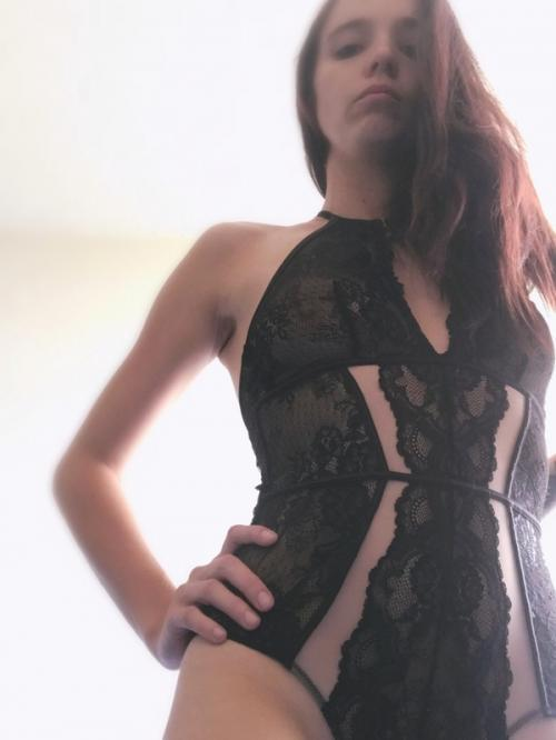 Find the Sexy Female Escorts Girls in Gold Coast