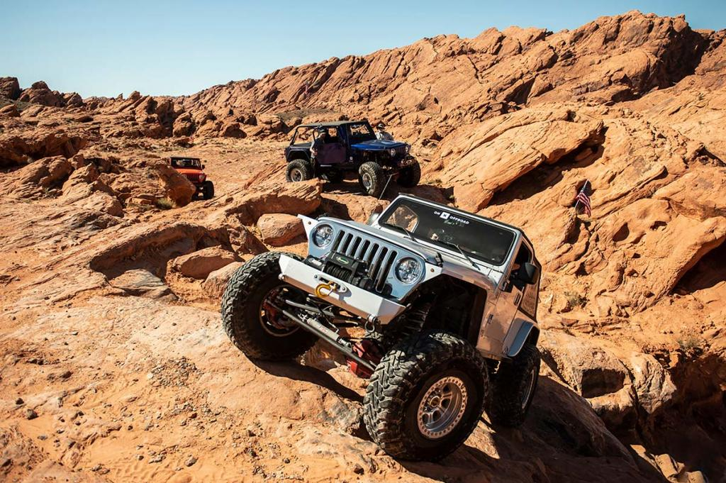 jeeps-rock-crawling-onx-offroad