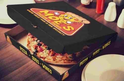 moes-pizzzaa-compressed-3-1024x673